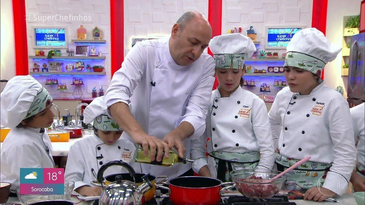 Workshop do César Santos: Carne Moída com Arroz e Farofa de Bolão