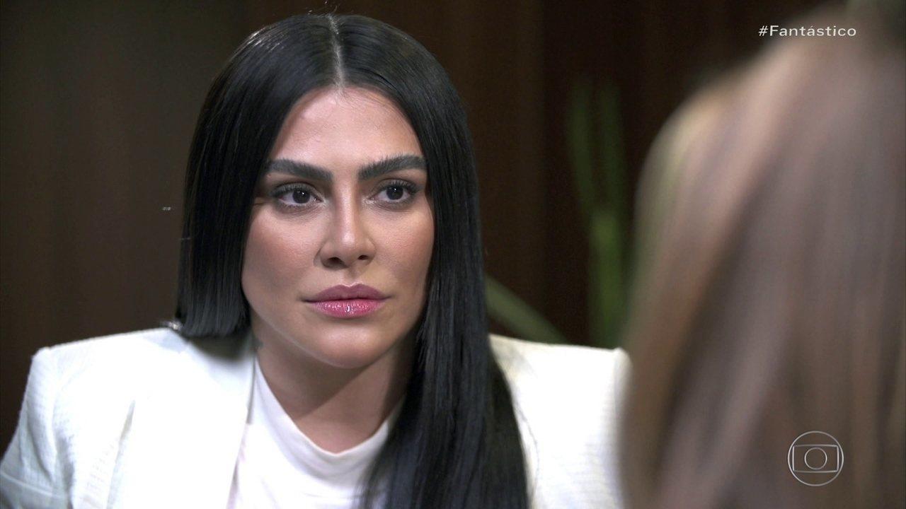 'Não é normal você ser julgada por causa da aparência', diz Cleo sobre ataques nas redes
