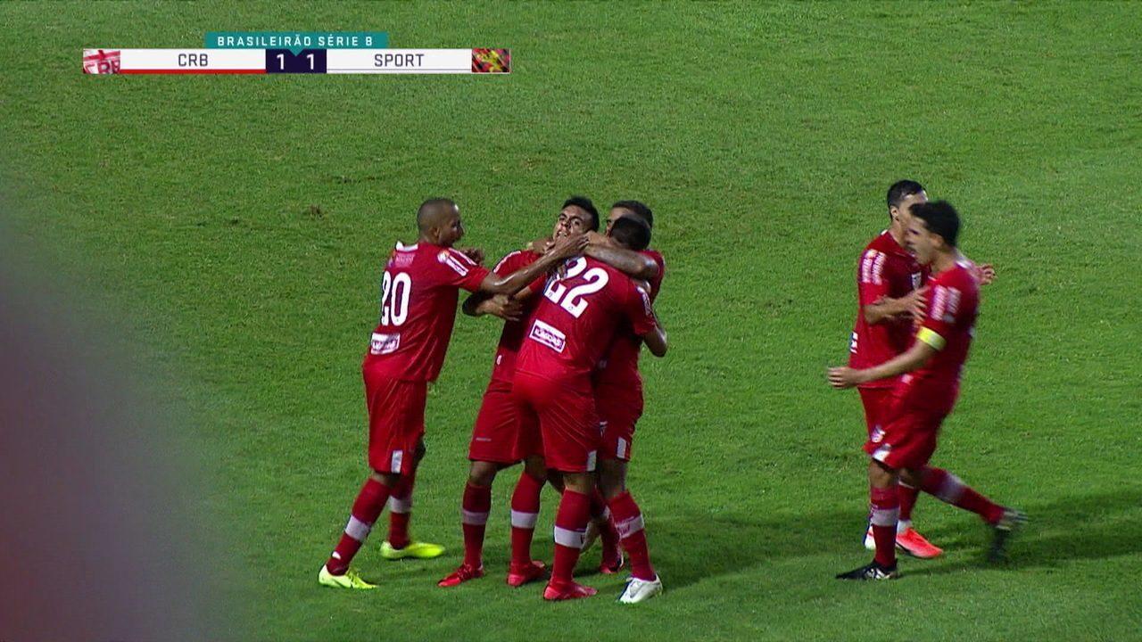Gol do CRB! Alisson Farias acha Igor sozinho, que cruza para Edson Caríus empatar, aos 22' do 2º tempo