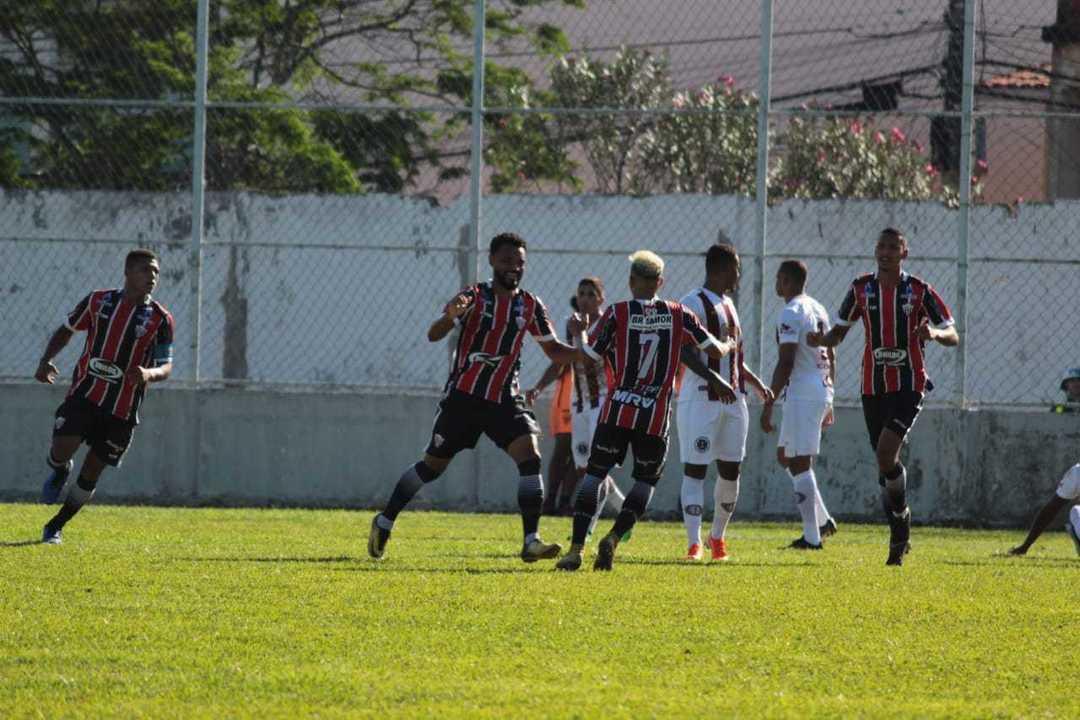 """""""Agora começa o campeonato de verdade"""", diz Lucas Trindade sobre a Desportiva nas quartas"""