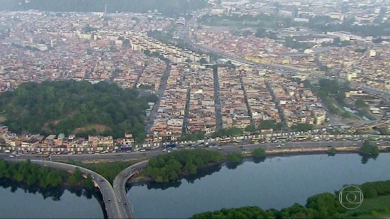 O conjunto de favelas da Maré cresceu quatro vezes mais do que o restante do Rio.