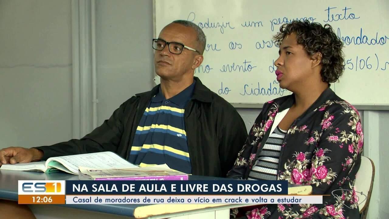 Casal de moradores em situação de rua deixa o vício em crack e volta a estudar no ES