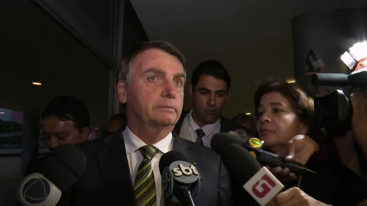 """Bolsonaro afirma que """"não tem crise"""" após declaração polêmica"""