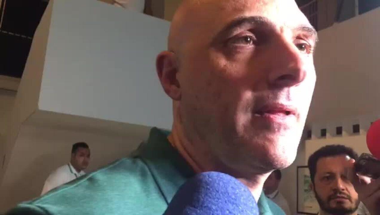 Presidente do Palmeiras sai em defesa do diretor Alexandre Mattos