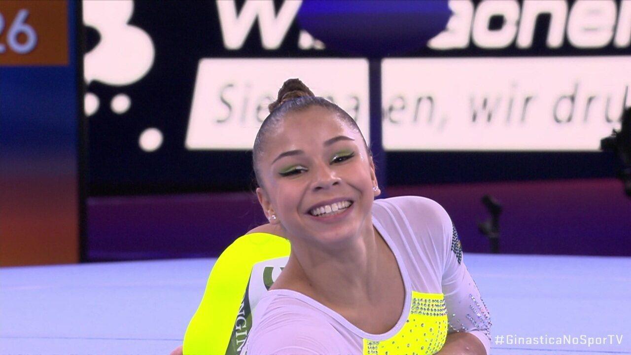 Flávia Saraiva leva nota 13.966 na final do solo no Mundial de Ginástica