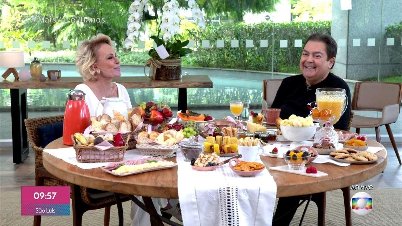Fausto Silva é convidado da Ana no café da manhã