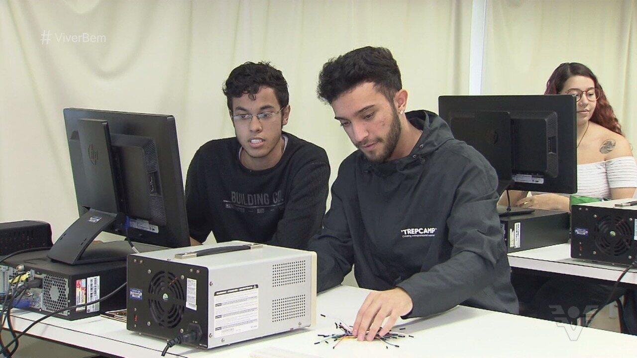 Jovem de Cubatão cria aparelho que detecta câncer cerebral