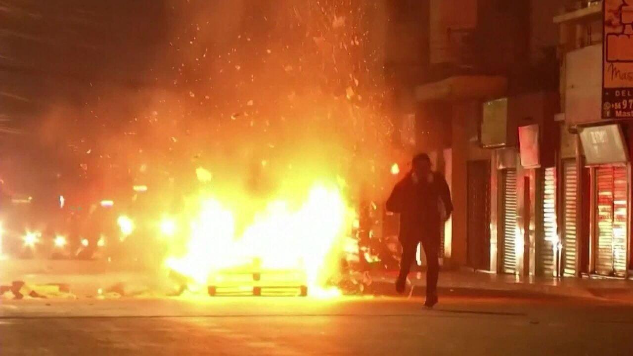 Manifestantes vão às ruas em mais um dia de protestos no Chile