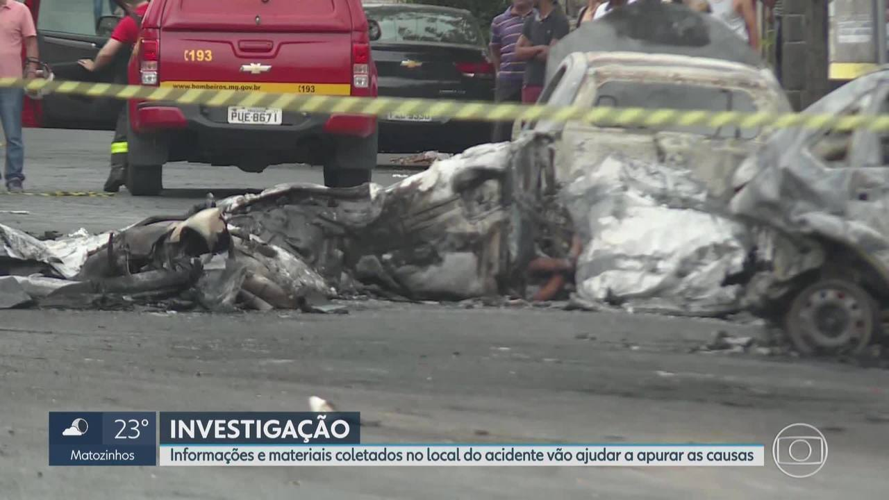 Cenipa investiga queda de avião em rua do bairro Caiçara, em BH