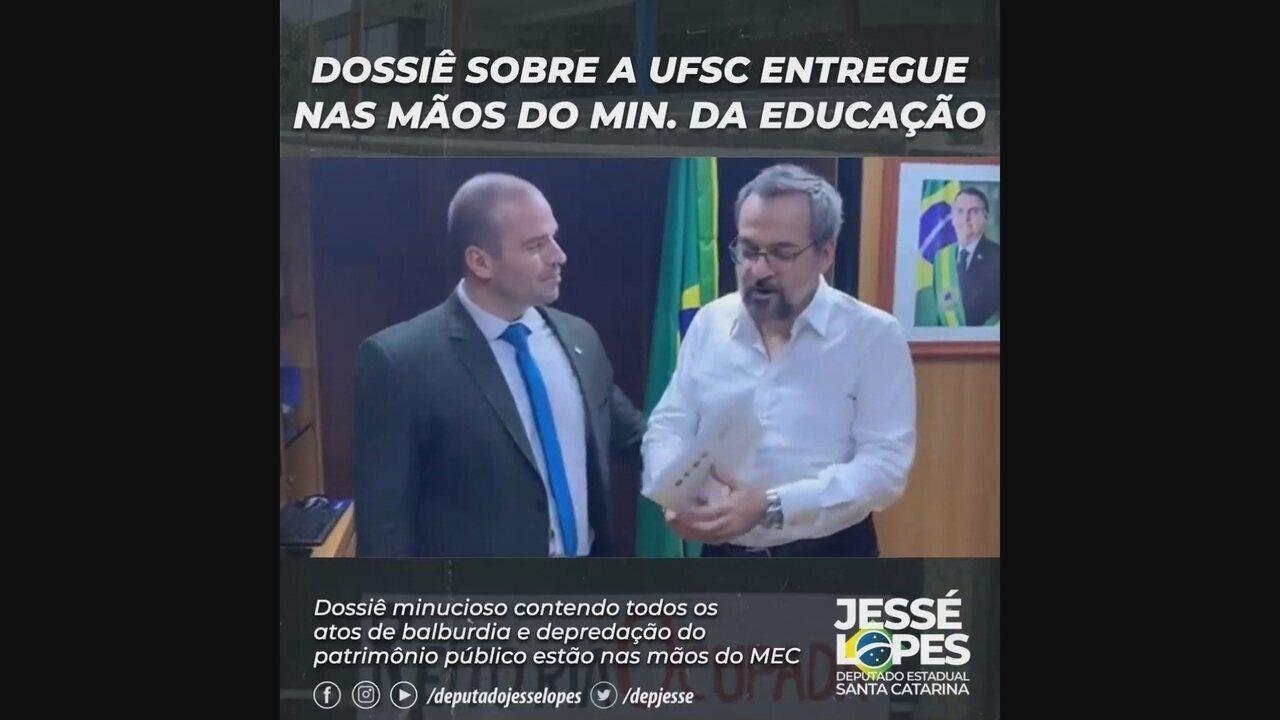Deputado de SC entrega documento ao ministro da educação sobre paralisação da UFSC