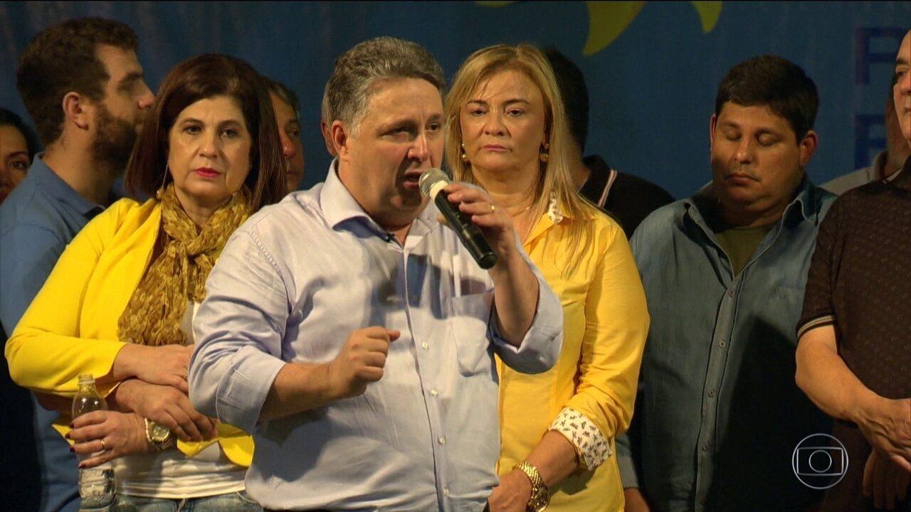 Justiça do Rio manda prender, de novo, os ex-governadores Anthony e Rosinha Garotinho