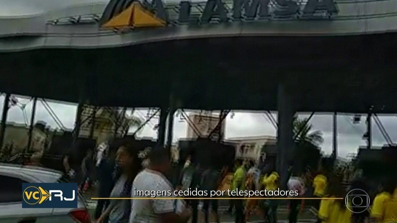 Motoristas fazem protesto na Linha Amarela