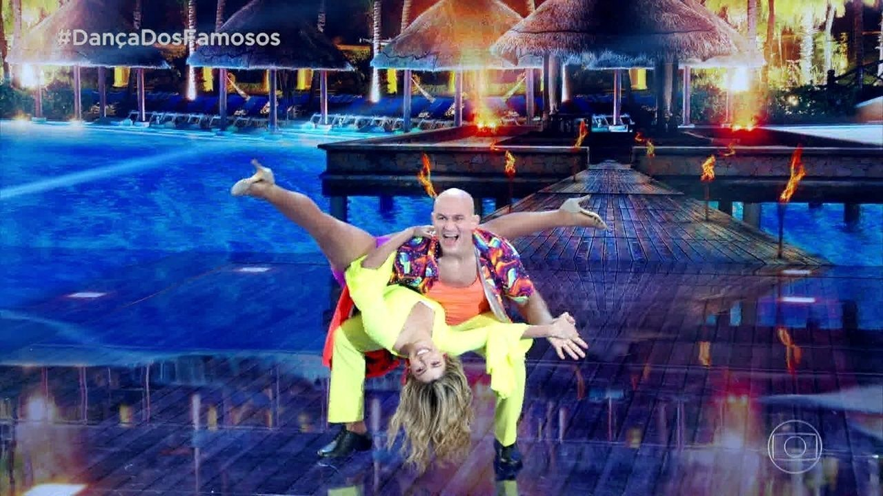 Júnior Cigano arrebenta na lambada no 'Dança dos Famosos'