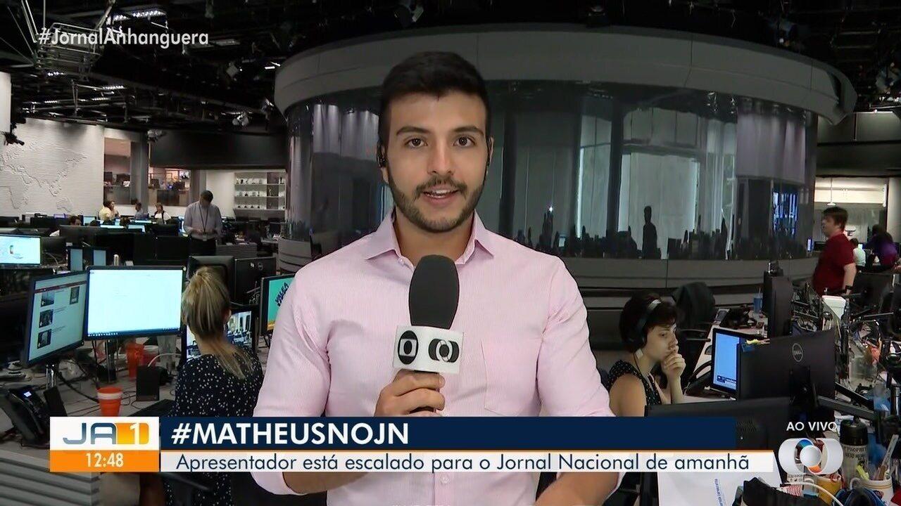 Matheus Ribeiro se prepara para apresentar o Jornal Nacional neste sábado (9)