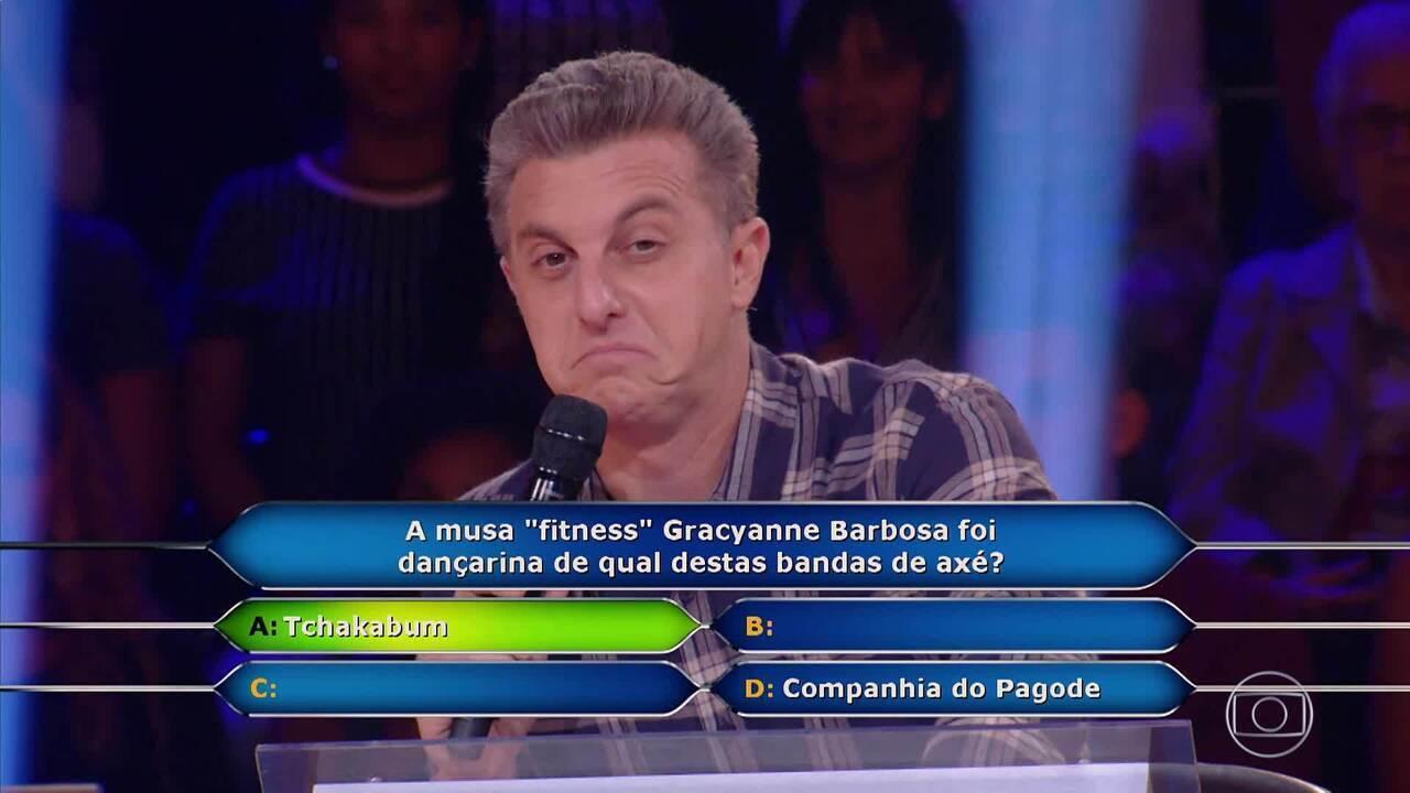 Luciano Huck liga para Belo durante o 'Quem Quer Ser Um Milionário'