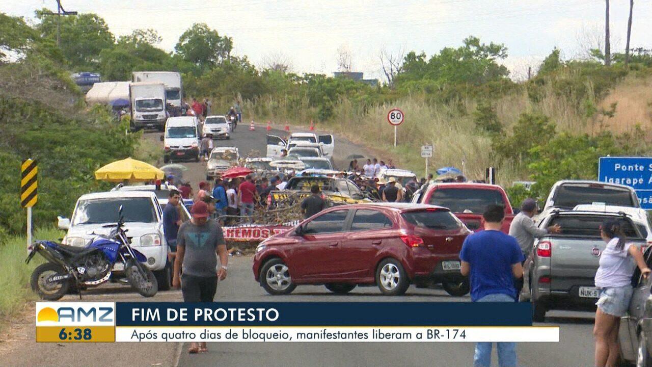 Garimpeiros encerram bloqueio após quatro dias de protesto na BR-174, em RR