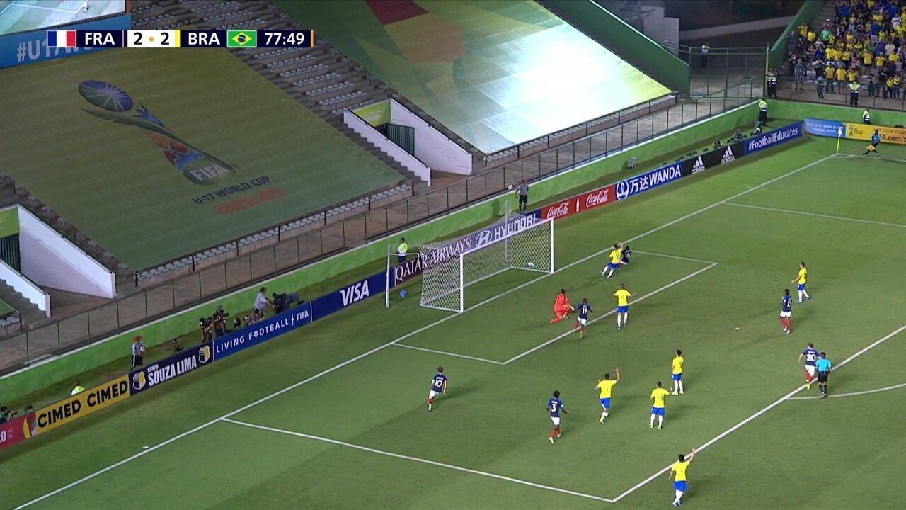 Melhores momentos de França 2 x 3 Brasil pela semifinal do Mundial Sub-17