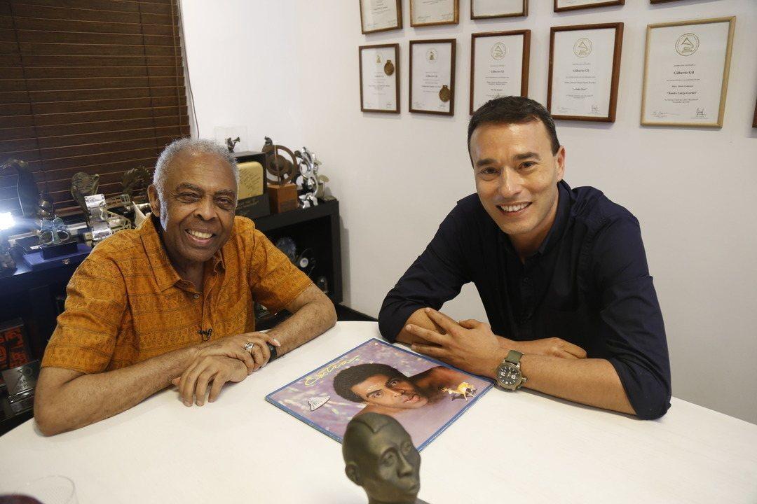 Gilberto Gil conversa com André Rizek no podcast Futebol Arte