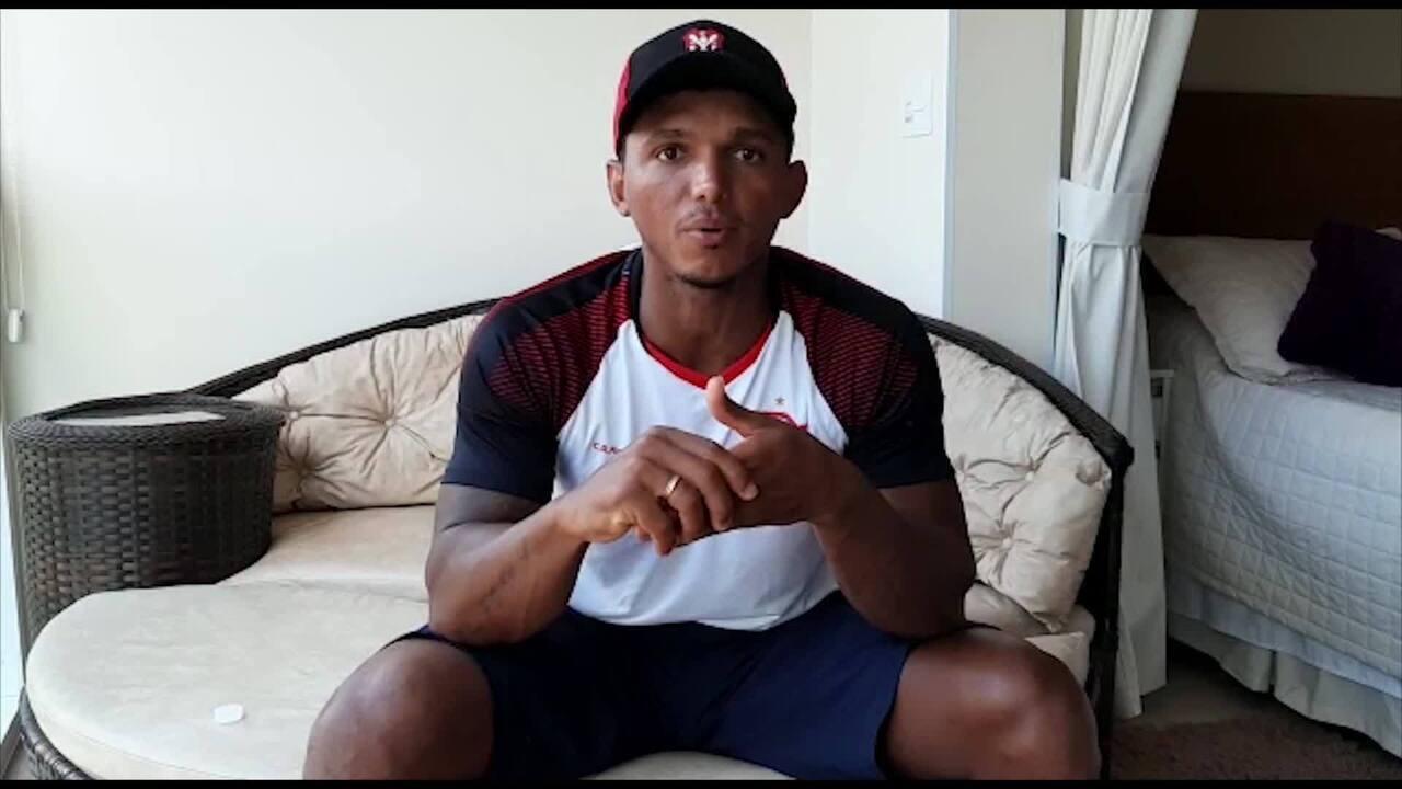 Isaquias Queiroz manda recado em apoio ao time do Flamengo