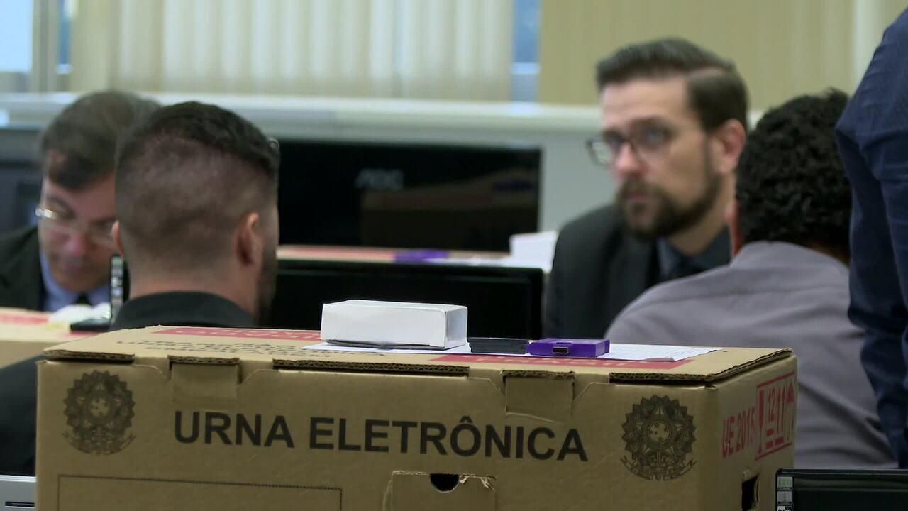 TSE faz teste de segurança das urnas eletrônicas