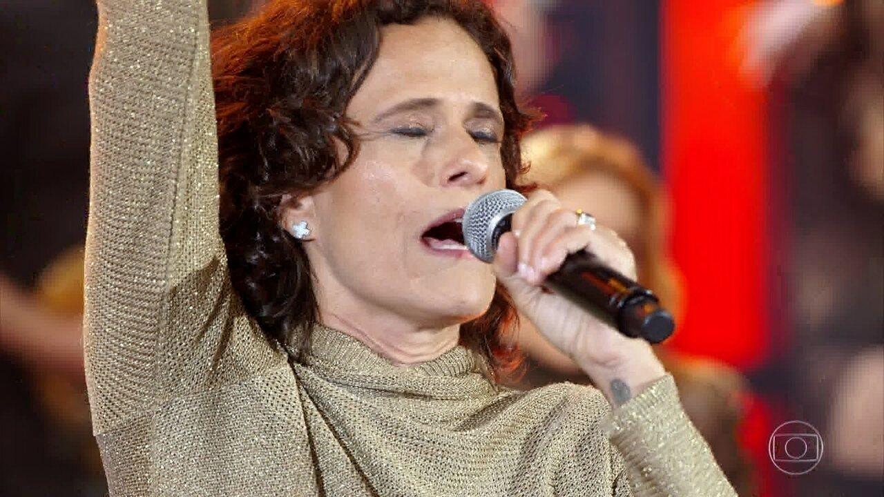 Zelia Duncan canta 'Catedral'