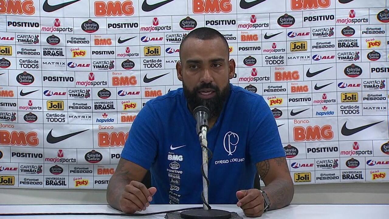 Coletiva de imprensa do técnico Dyego Coelho