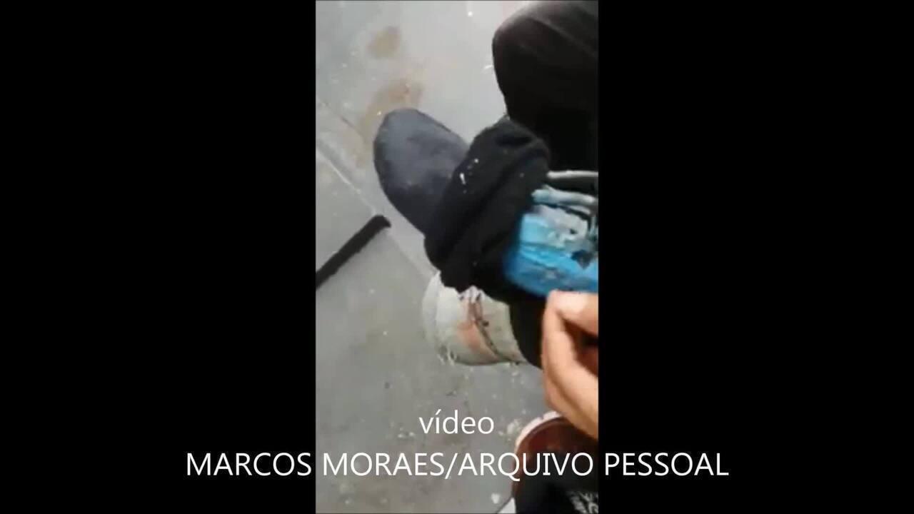 Jovem que fez 'perna' com R$ 40 usando cano e selim ganha prótese após vídeo viralizar