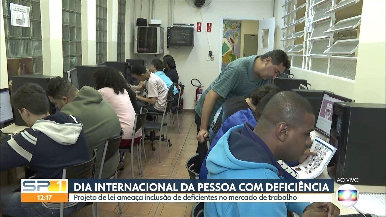 Projeto de lei ameaça inclusão de pessoas com deficiência no mercado de trabalho