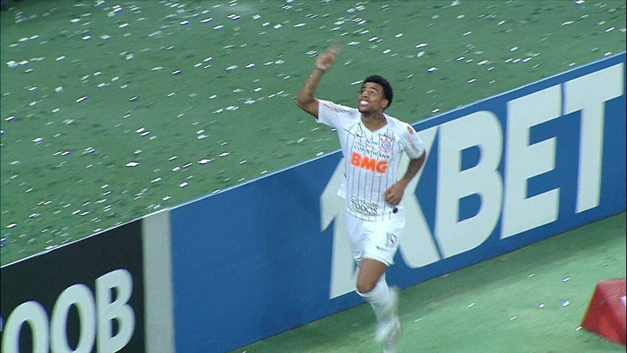 O gol de Ceará 0 x 1 Corinthians pela 37ª rodada do Brasileirão