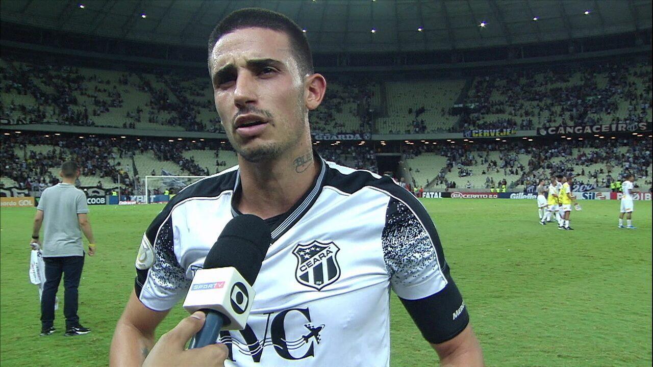 """Thiago Galhardo após a derrota para o Corinthians: """"Tem que sentar amanhã e secar"""""""