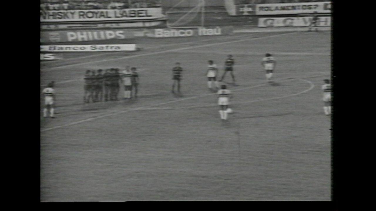 Santa Cruz bate o Sport em 1978