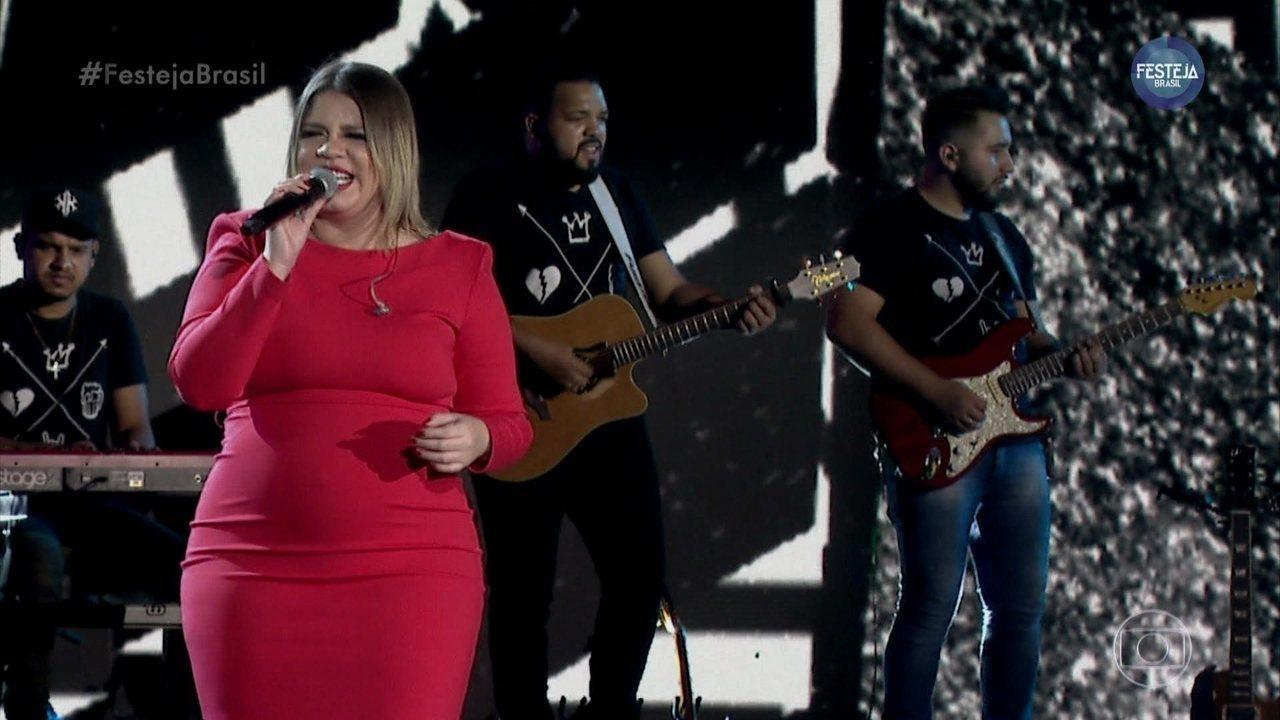 """Marília Mendonça canta """"Todo Mundo Vai Sofrer"""""""