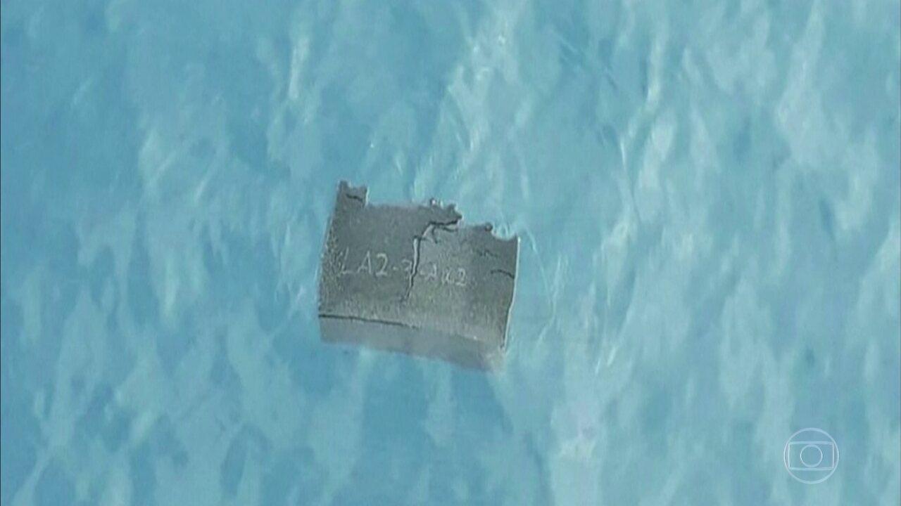Navio brasileiro encontra destroços de avião chileno desaparecido