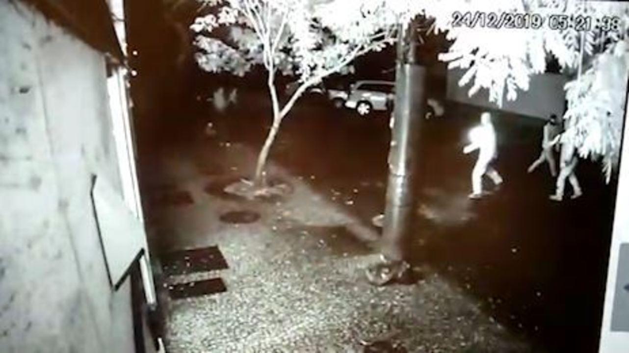 Vídeo mostra ataque à produtora do Porta dos Fundos