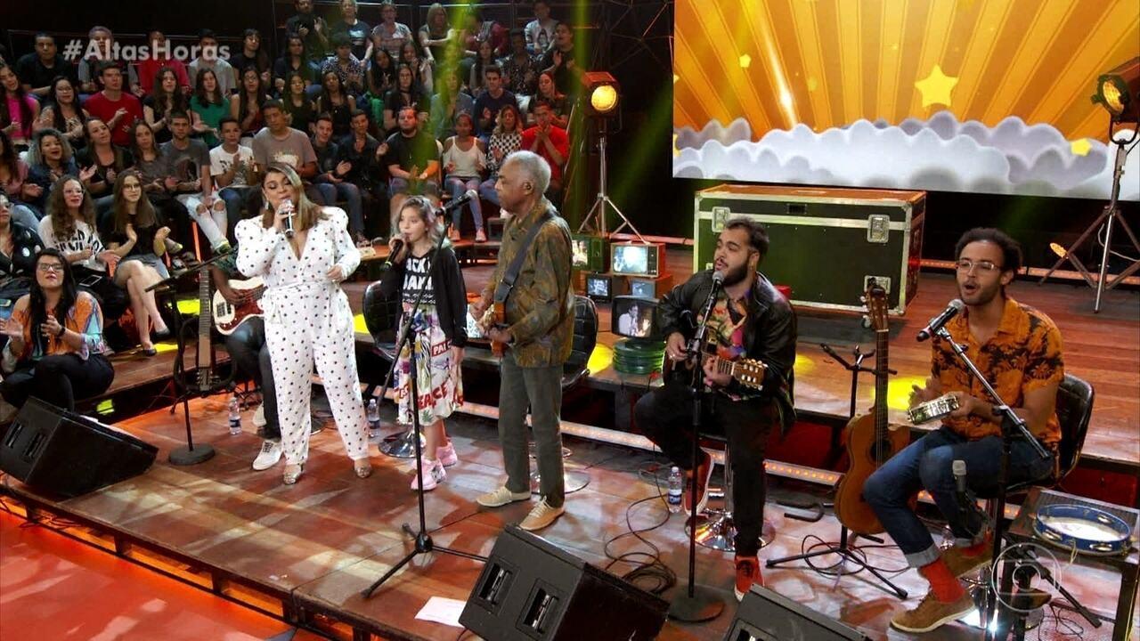 Família Gil canta 'Sítio do Pica-pau Amarelo'