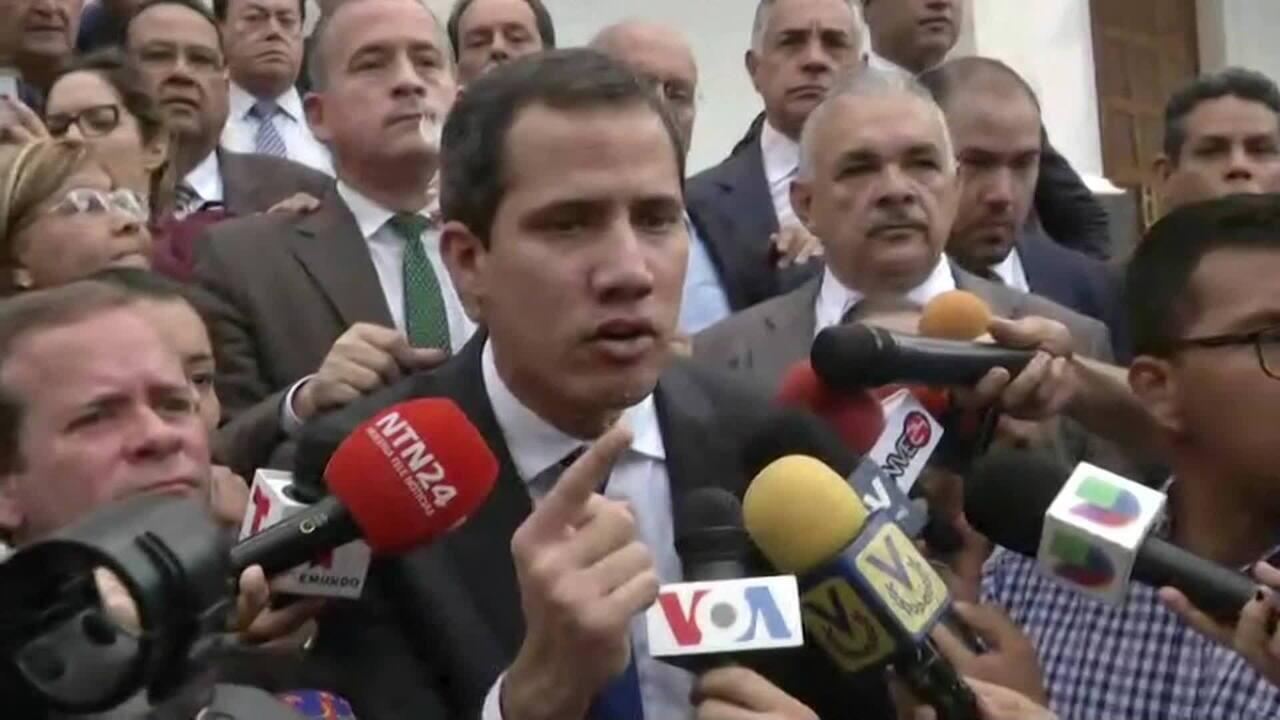 Juan Guaidó tenta participar da primeira sessão do Parlamento da Venezuela