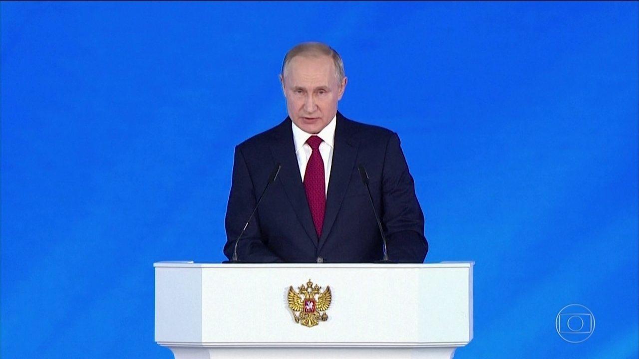 Premiê russo renuncia ao cargo e Putin propõe reforma constitucional