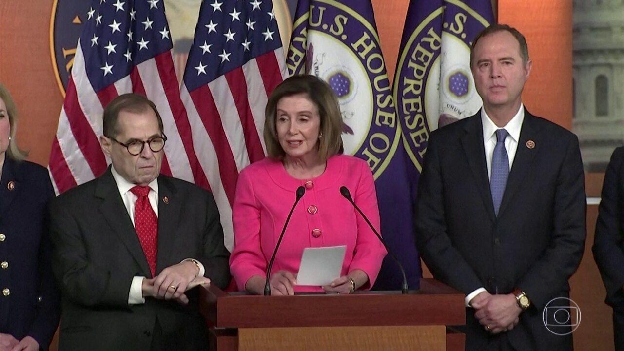 Câmara dos EUA aprova envio do processo de impeachment de Trump para o Senado