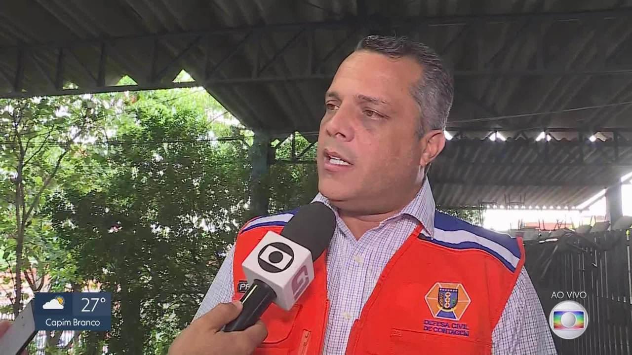 Mais de 200 moradores de Contagem ficam desalojados após enchente