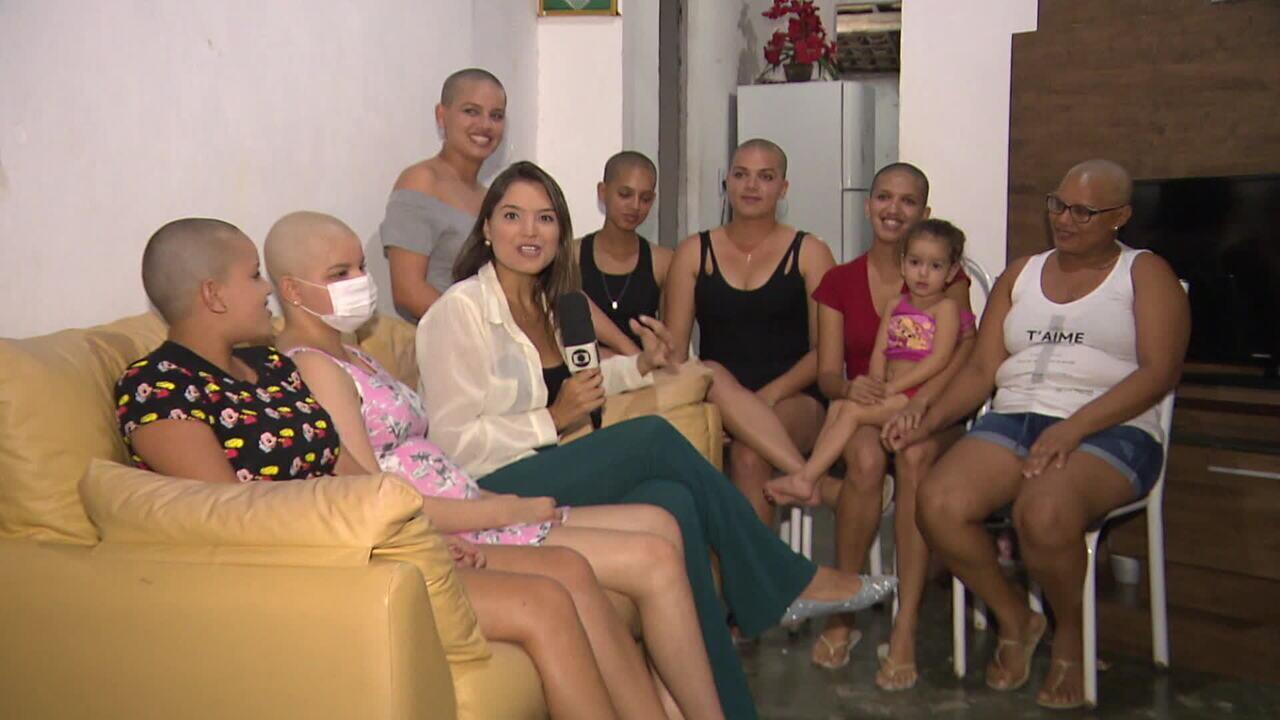 Olhar em Pauta: mãe e irmãs raspam a cabeça em apoio à adolescente com leucemia