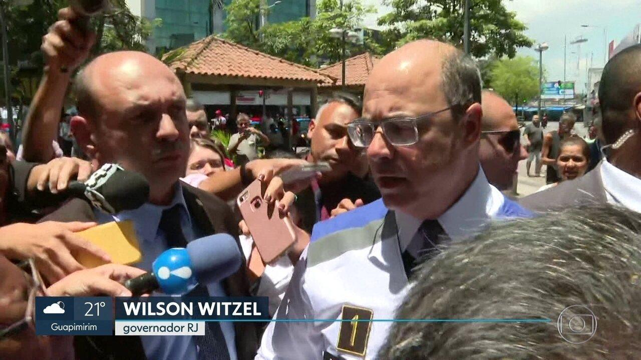 Governador do Rio dá prazo para água da Cedae voltar ao normal.