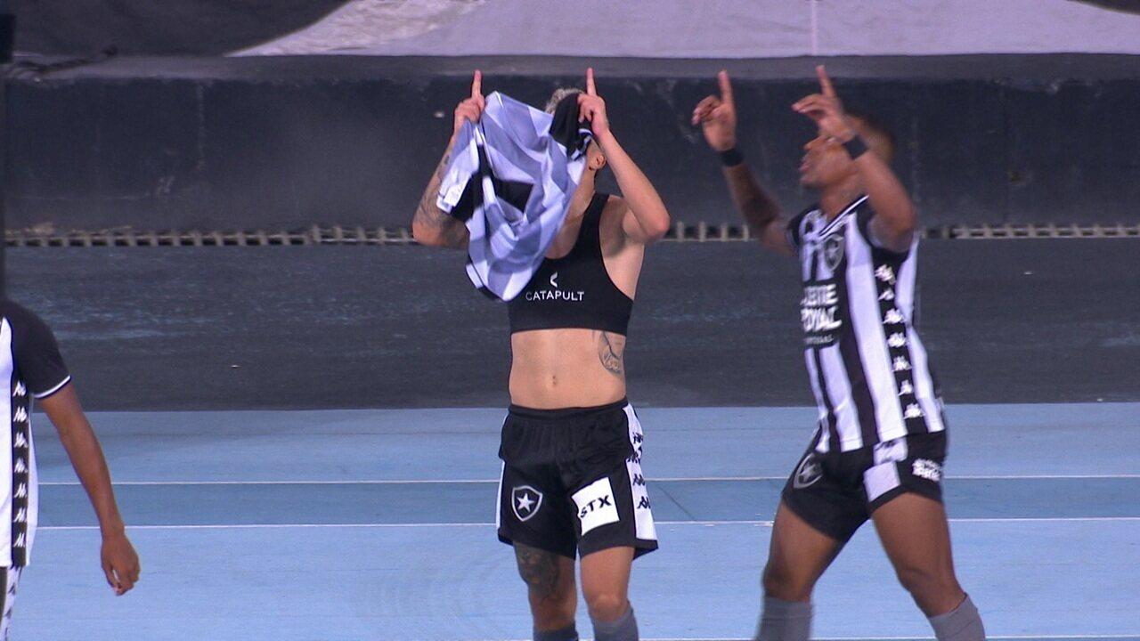 Gol do Botafogo! Luis Henrique toca para Bruno Nazário, que chuta de fora da área para fazer o terceiro, aos 32' do 2º tempo