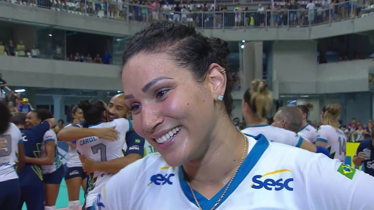Tandara comenta o recorde de 40 pontos na final contra o Praia Clube
