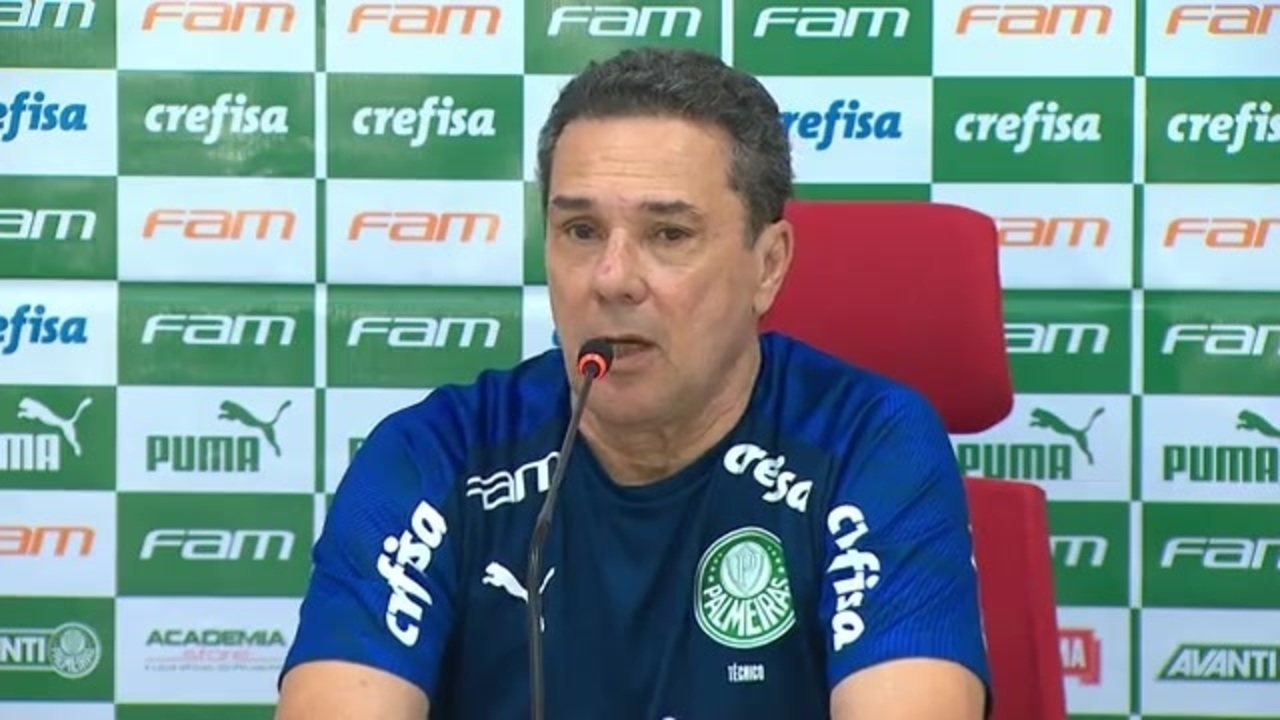 Assista à coletiva de Vanderlei Luxemburgo após a derrota do Palmeiras para o Bragantino