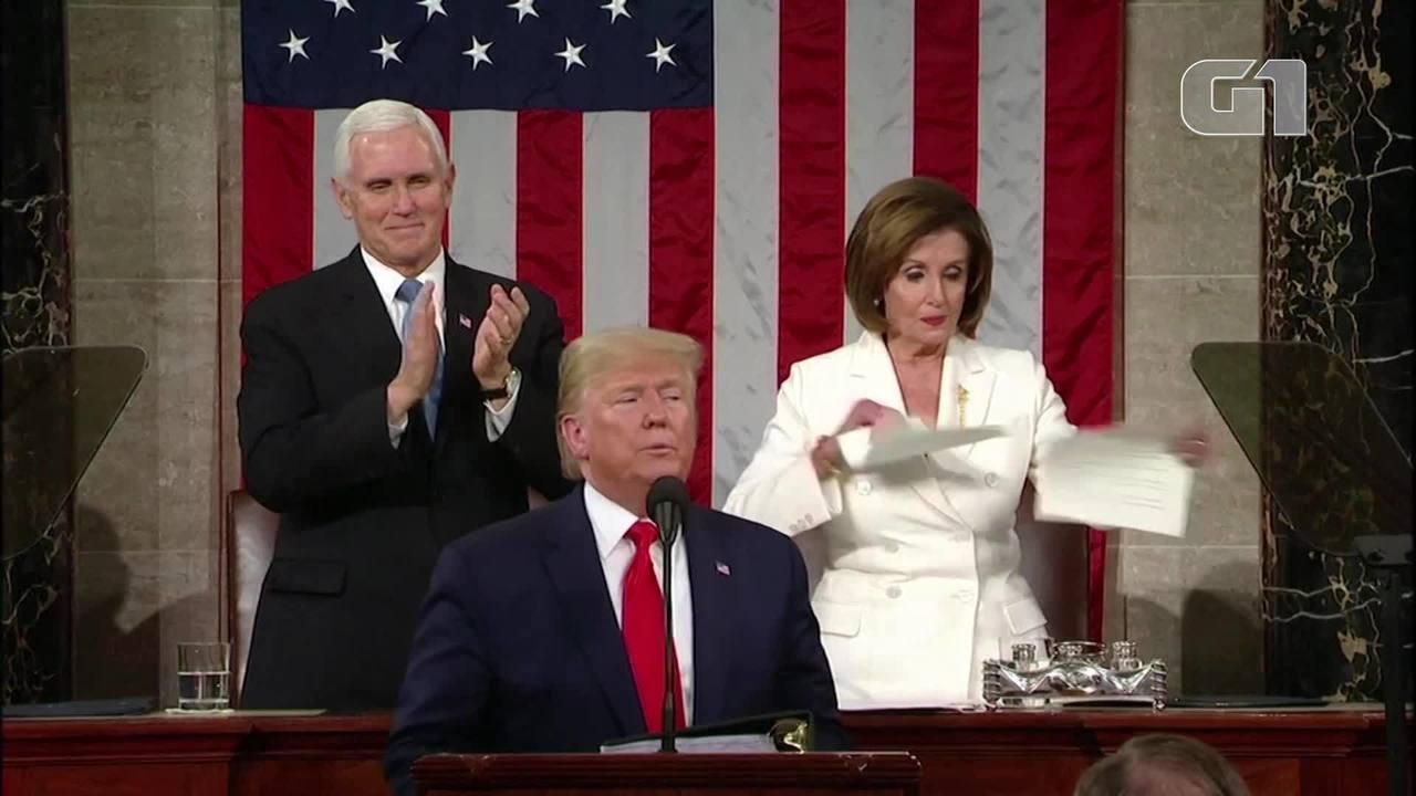 Trump se nega a cumprimentar Pelosi, que rasga papel com discurso