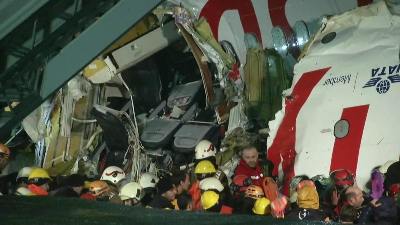 Agência Estatal Turca confirma 52 feridos em acidente com avião na Turquia