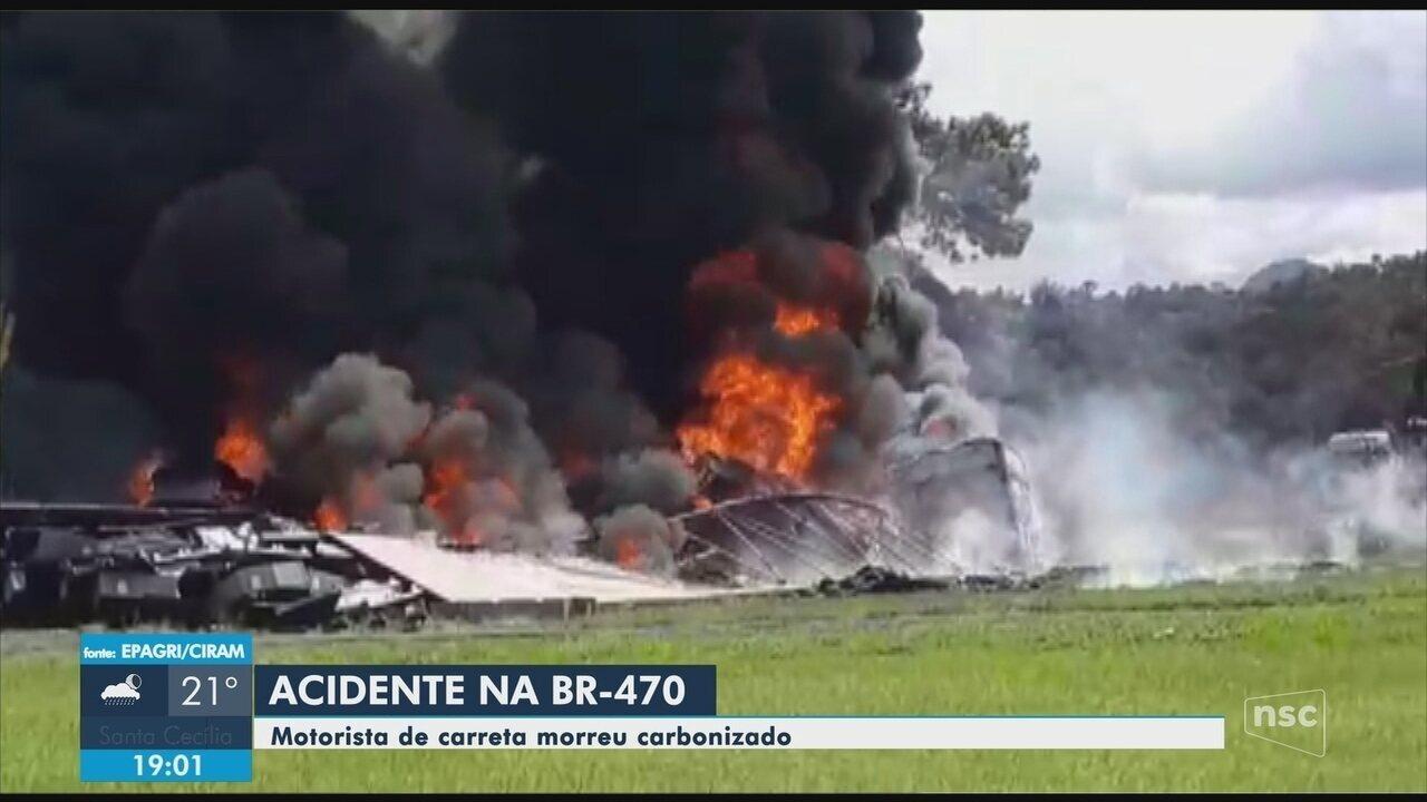 Pessoa morre em acidente entre carreta e caminhão na BR-470
