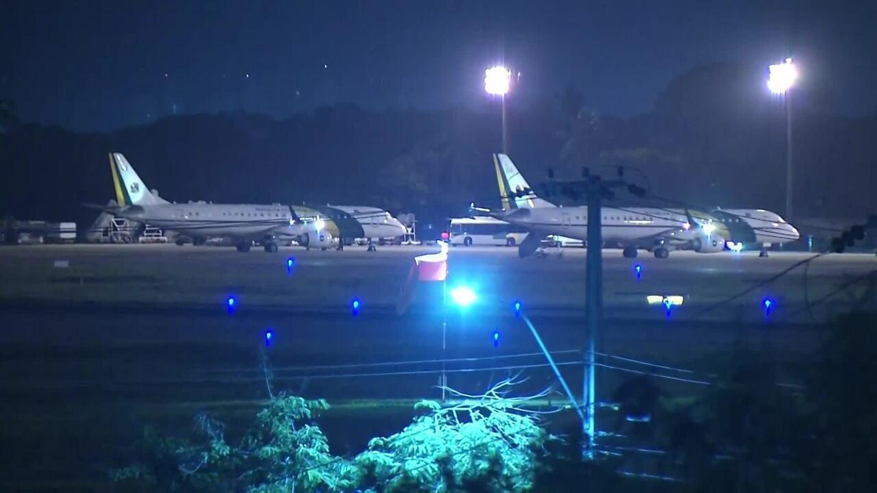 Aviões com brasileiros repatriados da China pousam em Fortaleza