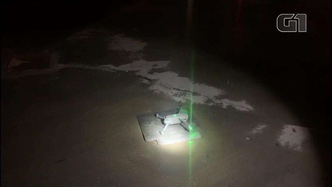 PM usa drone para vigiar carros deixados em área alagada em SP