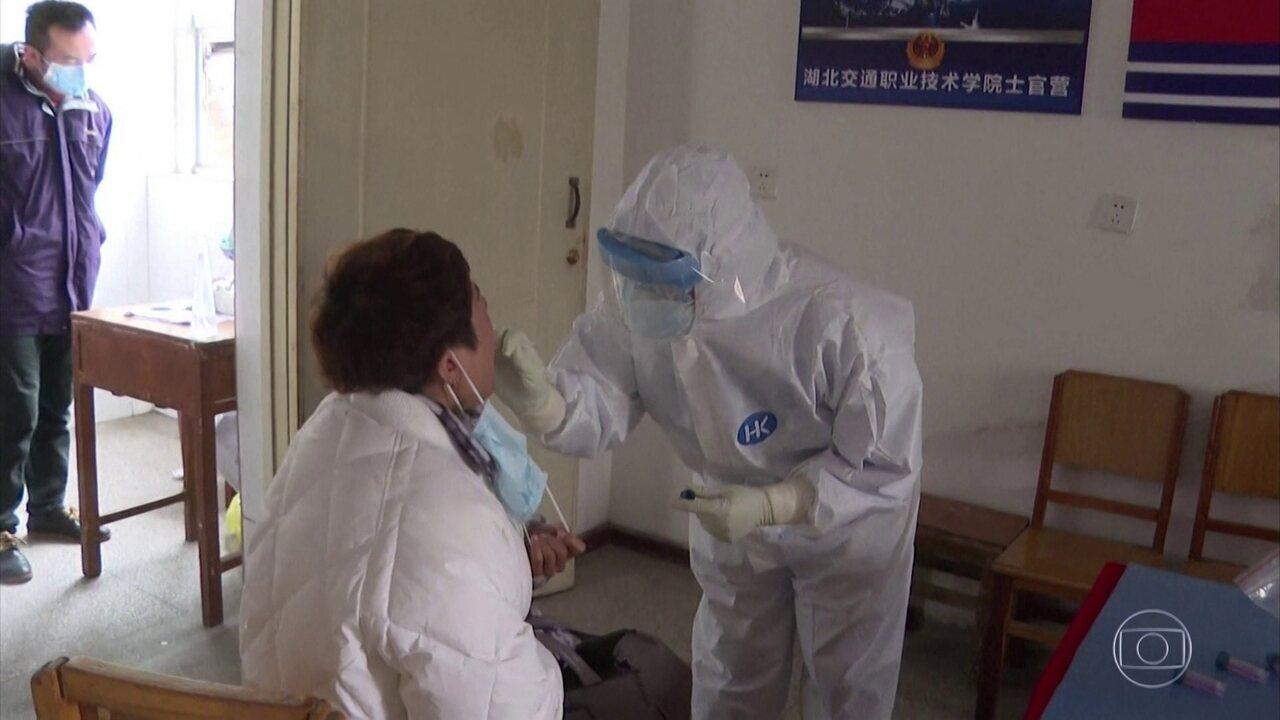 Quinta-feira (na China) foi o dia com mais mortes na China desde o começo do surto de coronavírus